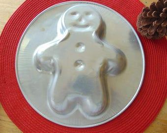 Vintage Aluminum Gingerbread Cake Pan , Vintage Cake Pan , Gingerbread Cake Pan