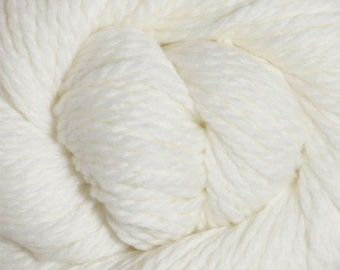 White Cascade 128 Bulky Superwash Yarn 128 yards 100% SuperWash Wool color 871