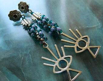 Eye earrings / All seeing eye earrings / Beaded eye earrings / Beadwork earrings / Gift for her