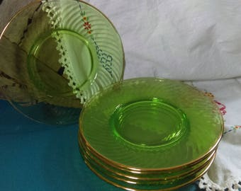 Set of 6 Green w/ Gold Trim Spiral Luncheon Plates by Hocking Glass 1928-30