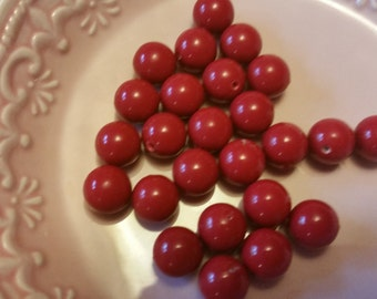 Vintage Bright Red Lucite Beads * 12 pcs.