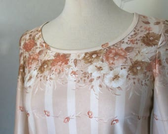 Beige and dusty pink floral vintage dress