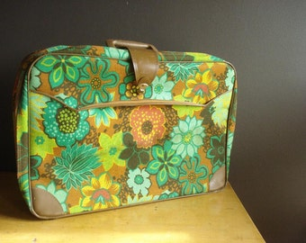 Away You Go - Vintage Green Floral Suitcase
