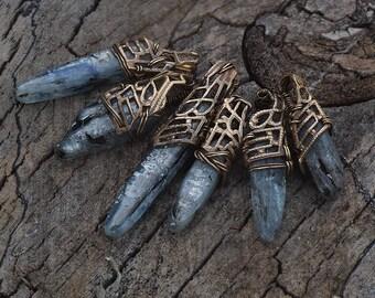 Kyanite Blade - Crystal and filigree pendant