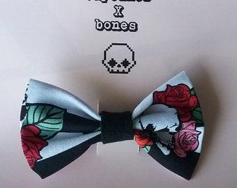 Skull & roses bow