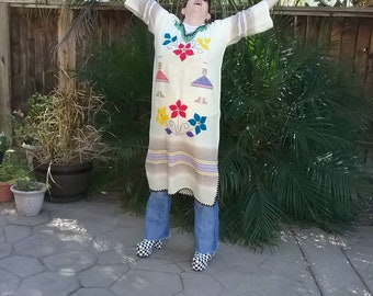Vintage 60s 70s Mexican ethnic embroidered caftan dress