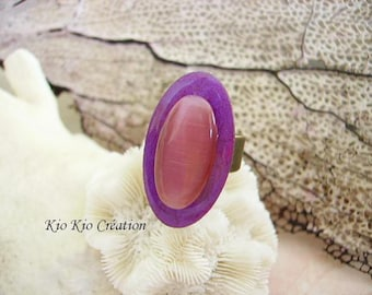 Adjustable ring, oval cabochon, painted, resin, wood violet purple, oval cabochon cat's eye, rosewood, adjustable open ring, bronze metal