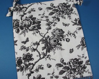 Black and White Floral Print Purse with Beaded Fringe