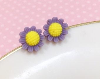 Purple Daisy Studs, Purple Flower Earrings, Flower Girl Earring, Sensitive Ear Stud, Purple Sunflower Stud, Bridesmaid Gift (SE3)
