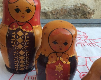 Vintage matryoshka doll - Russian stacking dolls - Russian doll - Russian nesting dolls