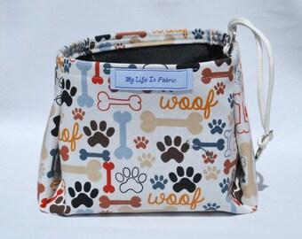 Pet Bowl Portable Dog Water Dish Packable Collapsible Pet Dish Water Bowl Woof Bones Paws