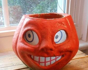 1950's USA Papier-mache Plup Halloween Jack O'Lantern Pumpkin