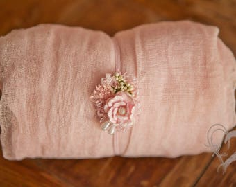 2 item set~Blush Pink swaddle w Beautiful Rose n  Berries Headband set 2 item set in Soft Pink 1st Photo Perfection Cute delicate style