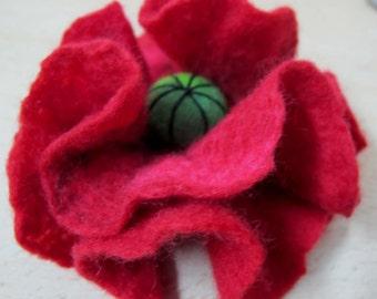 SALE Poppy flower brooch