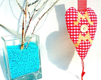 Mother's day heart ornament, MOM sign, fabric, white and red checked , Mother's day gift, homedecor, handmade
