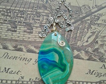 Green and blue agate crystal with blue quartz, blue quartz agate slice crystal, agate druzy crystal necklace