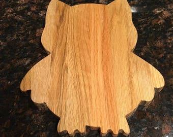 Owl oak cutting board