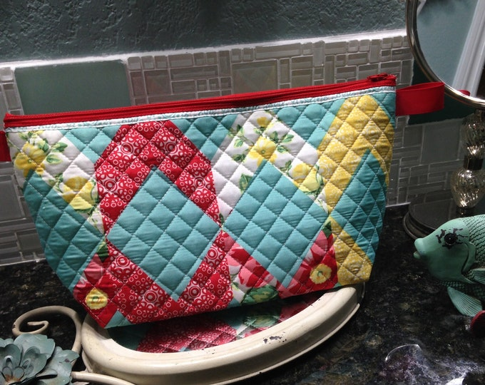 Womens make up bag aqua red yellow quilted fabric toiletry bag zipper bag travel bag quilted fabric bag red zipper ribbon tabs