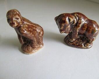 Brown Buffalo and Ape English Wade Red Rose Tea Figurine Gorilla Wade Figurines England Wade Dark Brown Wades Small Figurines for Shadow Box