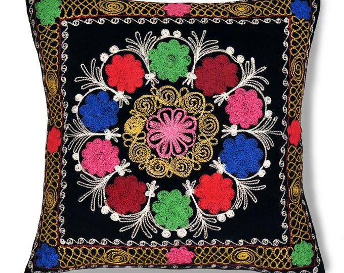 """Morning Glory, 19"""" Patduzi Velvet Pillow Cover - 4075"""