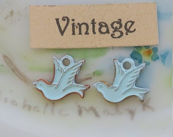 Vintage Brass Bird Charms, Blue Bird charms,Bluebirds Love Birds Stamping Shabby chic Cottage Kissing Love (1485U)