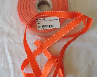 Stitched grosgrain Orange topstitching width 15 mm white background