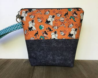 Knitting Bag, Project Bag, Wedge Bag, Zippered Pouch Bag, Sock Knitting, Retro Halloween Fabric