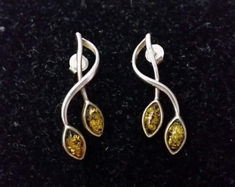 Silver and amber earrings - vintage leafy nature green sterling