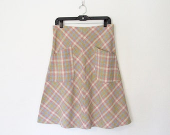 1970s Plaid Skirt / Elastic Waist / Large Front Pockets / Vintage 70s Ecco Bay A-Line Midi Skirt