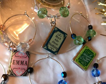 Perfect gift for teachers! English literature wine charms