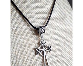 IN STOCK stunning viking, Celtic Cross Necklace, celtic pendant
