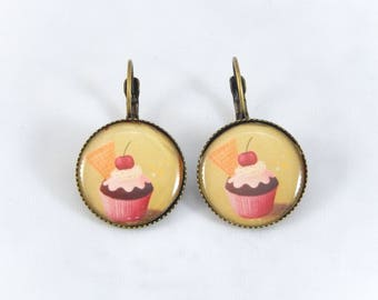 cupcake earrings vintage earrings retro