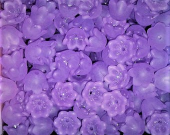 30 Frosted Acrylic Tulip Bell Flower Beads - Violet - 10mm