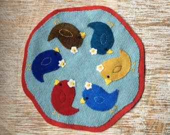Sweet Little Birdies Wool Candle Mat * Penny Rug * Birds *