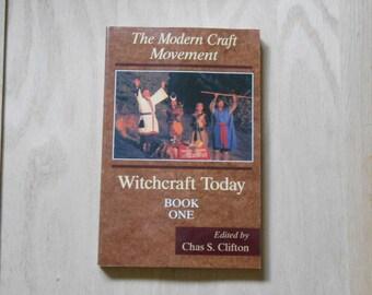 Le mouvement moderne de l'artisanat du livre un