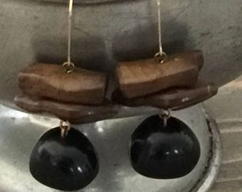 Vintage Black and Brown Earring - Jewelry - Old Jewelry - Vintage - Vintage Earrings - S