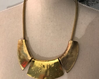 90's minimalist gold statement necklace