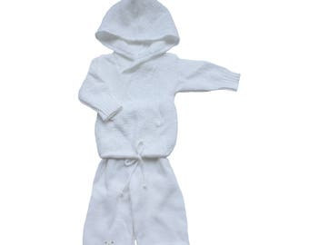 FRENCH VINTAGE 70's / baby knitted outfit / hooded sweater and pants / white acrylic knit / new old stock / size 6 months