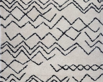 SHAGGY Moroccan Ivory Dark Grey Area Rug