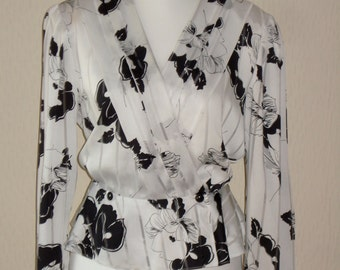 REDUCED Ladies Black and White Blouse