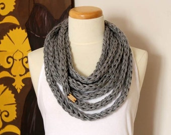 Infinity rope scarf in silver