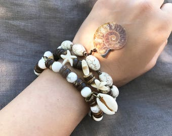 Set of 3 Boho Bracelets, Fossil Ammonite Bracelet, Women Bracelet set, Stretch Bracelet, Beach Bracelet, Shell Bracelet, Starfish Bracelet
