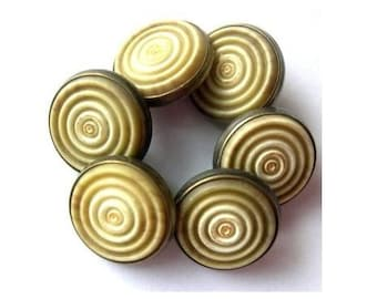6 Metal  vintage buttons,circlesl ornament, great for buttons jewelry