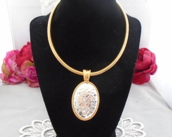 """The Ultimate Vintage Joan Rivers 15.5"""" Goldtone Snake Chain Necklace w/Goldtone & Silvertone Oval Pendant. Absolutely GORGEOUS Hard to Find"""