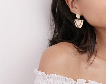 Boucles pendantes or boucles d'oreilles demi lune en couches - Boho Hoops - bouton boucles d'oreilles - Boucles d'oreilles pendantes - Boho Chic - cadeau pour elle