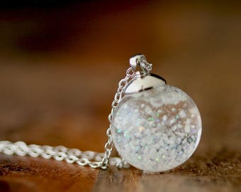 Let it snow snow ball chain. K421