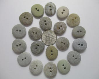 BEACH SEA STONE 16mm Buttons 20 Double Drilled Khaki Grey Natural Unenhanced Stones Real Surf Tumbled Sewing Knitting Rock Button  Peb 1423