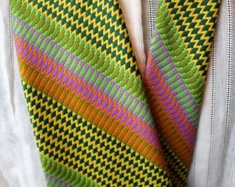 Crazy patterened tie