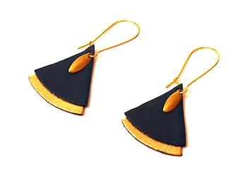 Leather and brass blue fan earrings - Peacock earrings Japanese - ethnic earrings model SAFIYA
