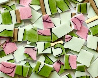 100 grün und Rosa Hand geschnitten Vintage Porzellan Fliesen / antike abgebrochen Teller / / Mosaik-Zubehör / / Mosaik Stück / / Handwerk Schmuck/Mosaik-Fliesen